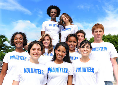 You are currently viewing How To Get Students EXCITED About Volunteering!